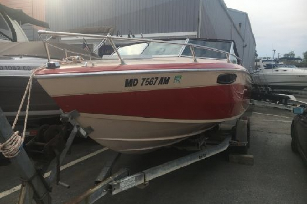 1985 Chris-Craft Scorpion 210